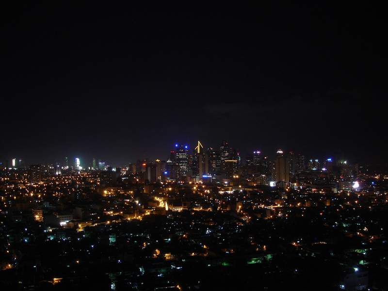 makati-skyline-at-night-in-manila-philippines_800
